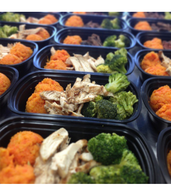 Grilled Chicken w/ Veggie Mash & Broccoli - Paleo Meal Delivery - Toronto - Eat Savage
