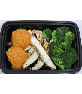 Grilled Chicken w/ Veggie Mash & Broccoli